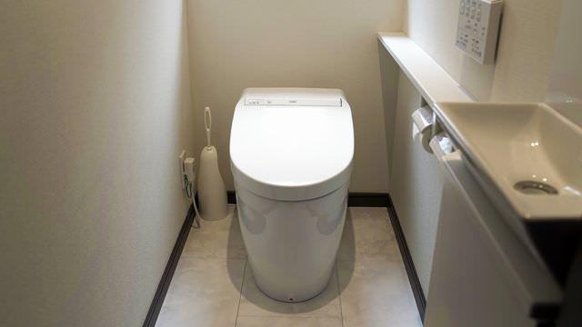 ピュアレストQRとEXの違いとは?TOTOトイレ便器の性能や機能・価格をを比較評価します!